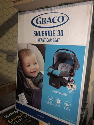 Gracias SnugRide 30 Infant Car Seat for Sale in Milwaukee, WI