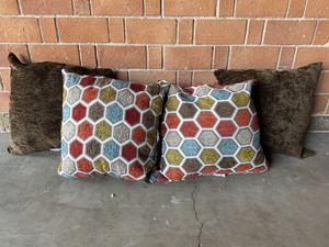 Set of 4 Pillows for Sale in Phoenix, AZ