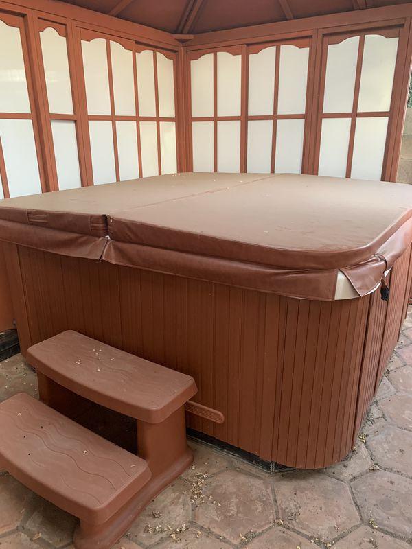 Life Spa Hot Tub