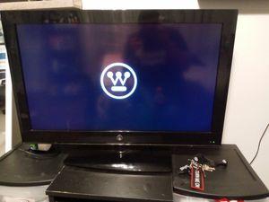 32 inch tv for Sale in San Bernardino, CA