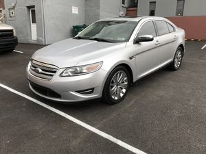 2010 Ford Taurus Limited for Sale in Pittsburgh, PA