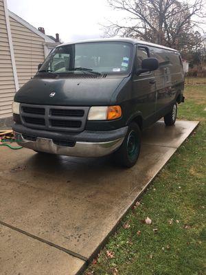 01 Dodge Ram van 2500 for Sale in Wolcott, CT