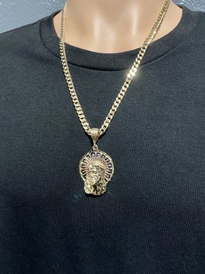 Concave Curb Cuban link GOLD LAYERED 7mm Necklace 24inches In length with a Tri Color Jesus Head Charm for Sale in Orlando, FL