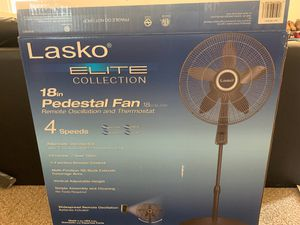 Lasko Fan - 18 in Remote Oscillation and thermostat for Sale in Hawthorne, CA