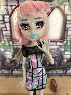 Monster High Rochelle Goyle doll $25 RARE for Sale in Oxnard, CA