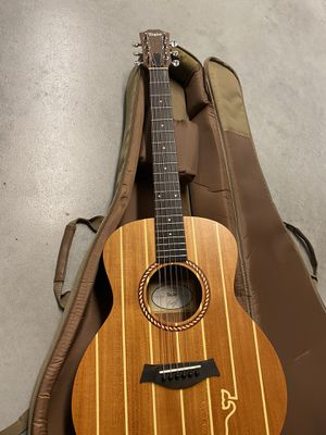 Taylor Guitar for Sale in Triangle, VA