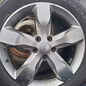 Jeep Rim/Tire for Sale in Manassas, VA