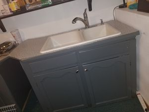 Kitchen Cabinets for Sale in Tacoma, WA