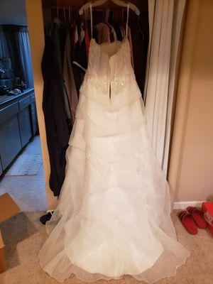 Wedding Dress size 16 for Sale in Denver, CO