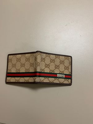 Gucci wallet for Sale in Chino, CA