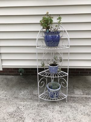 White metal stand for Sale in Hampstead, NC