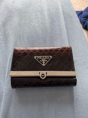 Prada wallet for Sale in MIDDLEBRG HTS, OH