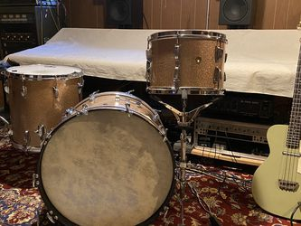 Vintage Ludwig Drum Set for Sale in Seattle,  WA