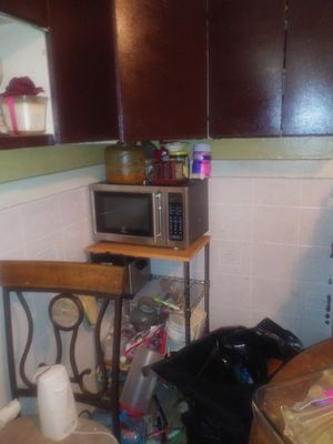 Microwave oven and stand for Sale in Florissant, MO