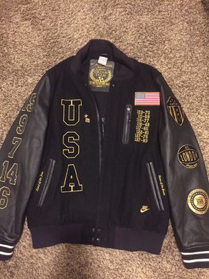 Nike jacket for Sale in Dallas, TX