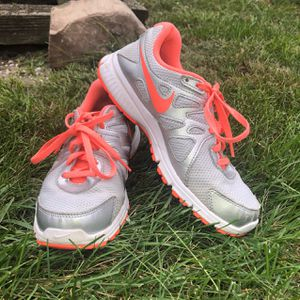 Woman's Nike Sneakers for Sale in Brick Township, NJ