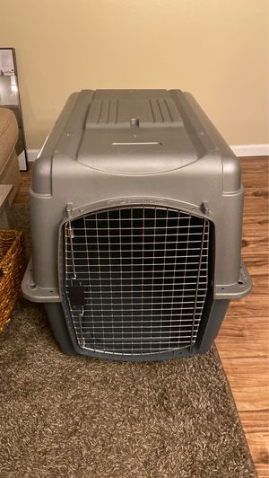 "36"" Petmate Kennel for Sale in Burien, WA"