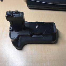 Meike Battery grip MK-550D for Sale in Diamond Bar,  CA