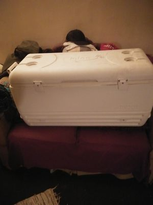 100 qt lgloo cooler for Sale in Norton, OH