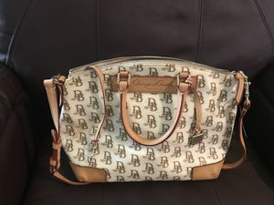 Dooney and burke purse for Sale in Bakersfield, CA