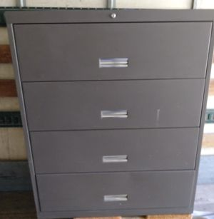 File cabinet for Sale in Bell Gardens, CA