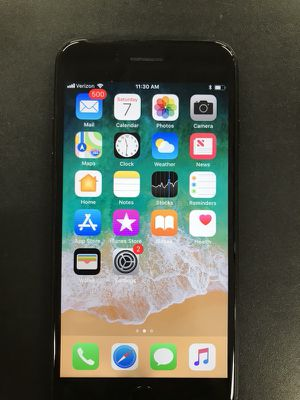 IPhone 7 Cellphone 128gb UNLOCKED minor scratches for Sale in Baltimore, MD