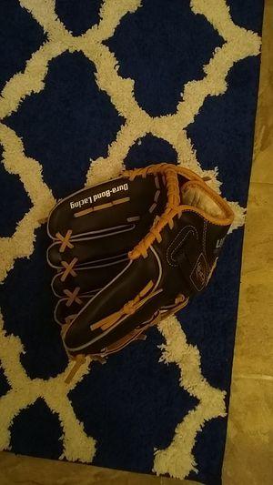 Franklin baseball glove for Sale in Richmond, VA