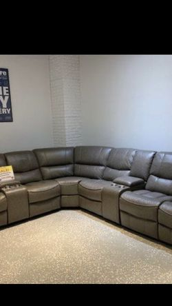 Madrid Reclining Sectional In Gray for Sale in St. Petersburg,  FL