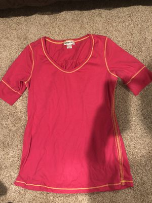 Hot Pink junior shirt for Sale in Midland, TX