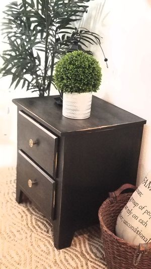 ACCENT TABLE W 2 DRAWERS/END TABLE/NIGHT STAND/DESK CABINET for Sale in Chino Hills, CA