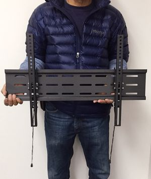 """New LCD LED Plasma Flat Tilt TV Wall Mount stand 37 40"""" 42 46"""" 47 50"""" 52 55"""" 60 65"""" 70 inch tv television bracket 88lbs capacity for Sale in Whittier, CA"""