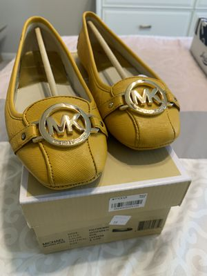 Michael Kors loafers -Size 8.5M for Sale in Houston, TX