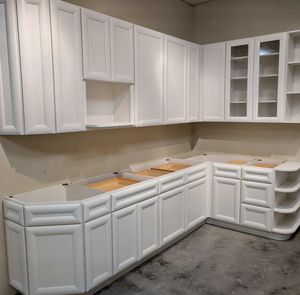 Kitchen Cabinets for Sale in Tampa, FL