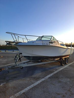 Chriscrafe 88 22ft 9in for Sale in Hollywood, FL