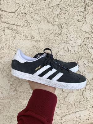 Adidas gazelle for Sale in Los Angeles, CA