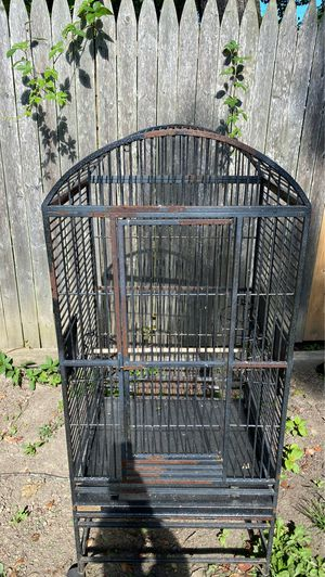 Bird Metal Cage for Sale in Akron, OH