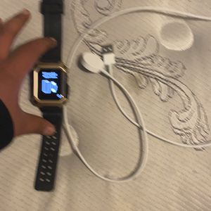 Series 2 Apple Watch Need Gone Asap for Sale in Knightdale, NC