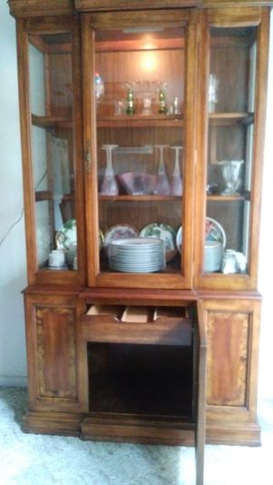 China cabinet for Sale in Vacaville, CA