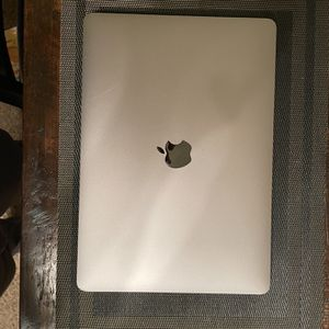 MacBook Pro (Excellent Condition) for Sale in Fresno, CA