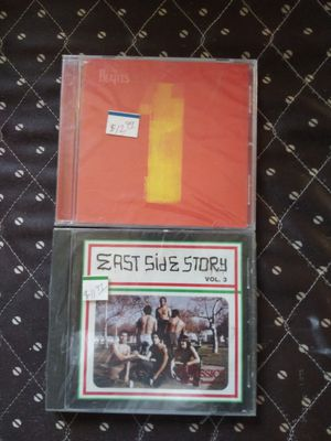 Para coleccion Beatles 16 exitos y east side story vol 3 for Sale in South Gate, CA