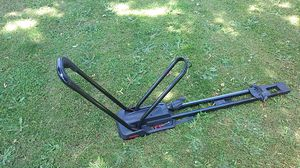Yakima High Road Upright Bike Roof Rack for Sale in Wilsonville, OR