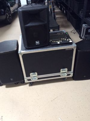 Professional audio starters kit 3 pro speakers, 1 concert level sub woofer and rolling case, with mixer for 500$ obo for Sale in Scottsdale, AZ