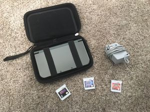 Nintendo 3DS XL w/ Carrying Case, Charger and 3 Games for Sale in Alta Loma, CA