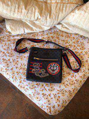 Gucci Messenger Bag Supreme for Sale in Los Banos, CA