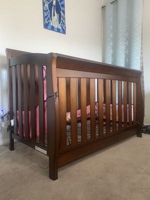 Baby bed for Sale in Moreno Valley, CA