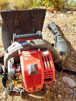 Leaf Blower CRAFTSMAN 32 CC 4 Cycle Easy Start Leagues Blower for Sale in Las Vegas,  NV