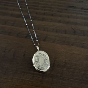 18 inch Rose Gold Filled 14K Locket with Two Tone Beaded Chain for Sale in Scottsdale, AZ