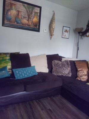 Dark brown sectional couch for Sale in College Park, GA