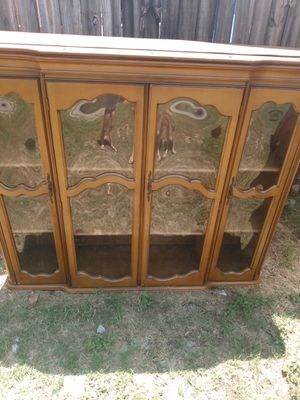 Pretty hutch top for Sale in Holiday, FL