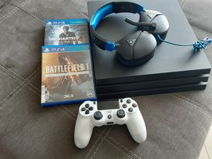 NEW PLAYSTATION 4 PRO 1TB BUNDLE for Sale in North Miami, FL